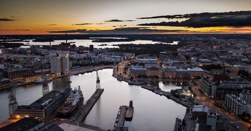 View of Helsinki at sunset | © kostiolavi/Pixabay