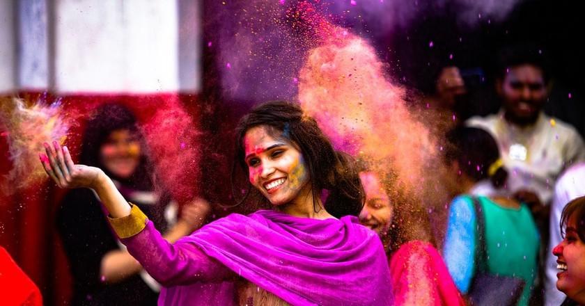 Locals celebrating the Indian festival of colors, Holi | © Murtaza Ali/Pixabay