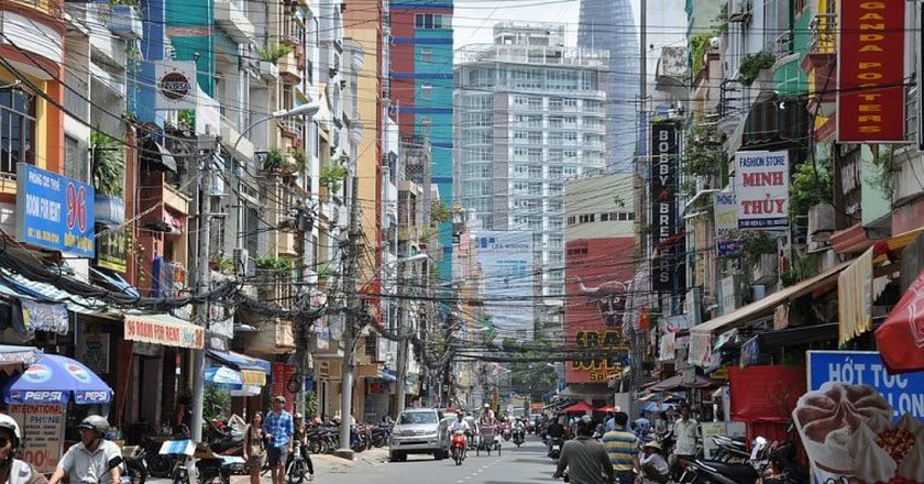 The calmer hours on Bui Vien | © trungydang/WikiCommons