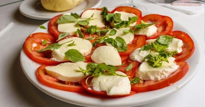 La Trattoria salad wth real mozzarella   (c) La Trattoria