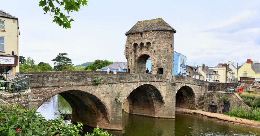 Monnow Bridge, Monmouth | ©Bob Crowther / Flickr