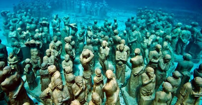 There Is an Underwater Museum in Mexico and It's Absolutely Amazing