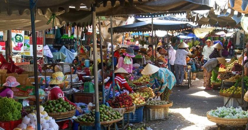Produce Market   © Urban Life & Travel Photography