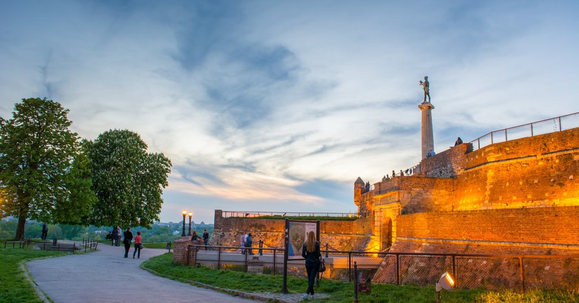 The Victor Monument stands tall over Kalemegdan | © Miloš Bogudanović / pexels
