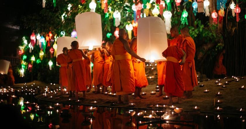 21 Spectacular Photos of Chiang Mai's Yee Peng Lantern Festival