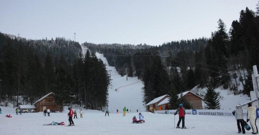 Skiing in Poiana Braşov