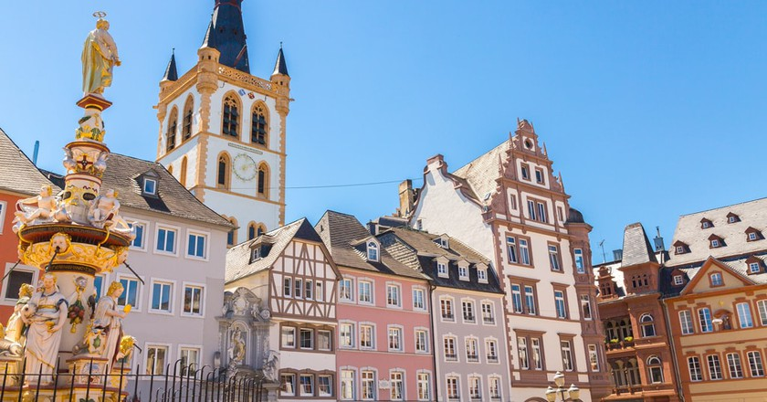 Market square in Trier, Germany | © wsf-s/Shutterstock