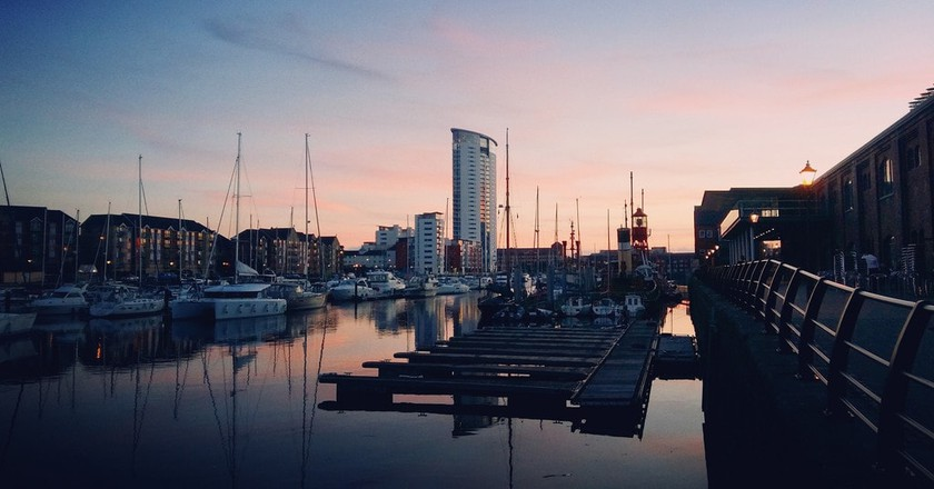Sunset at Swansea Marina |©Cloud/Flickr