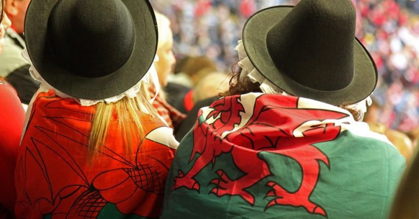 Two Welsh Dragons |©ChrisBrown/Flickr