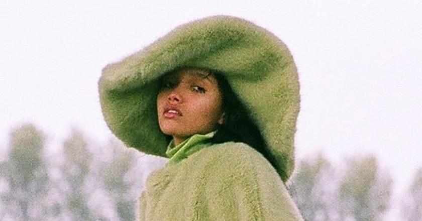 Emma Brewin, Za Za Hat   © Emma Brewin