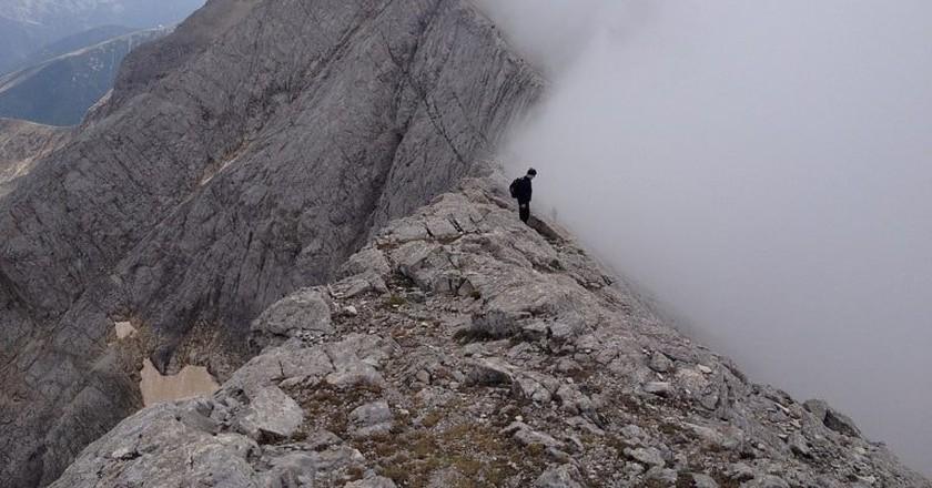 A fog over Koncheto Ridge, Pirin Mountain I © Lanetika / WikiCommons