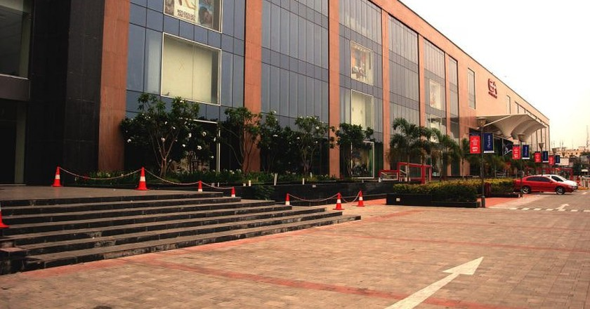 Express Avenue Mall in Royapettah is one of the largest shopping complexes in Chennai |