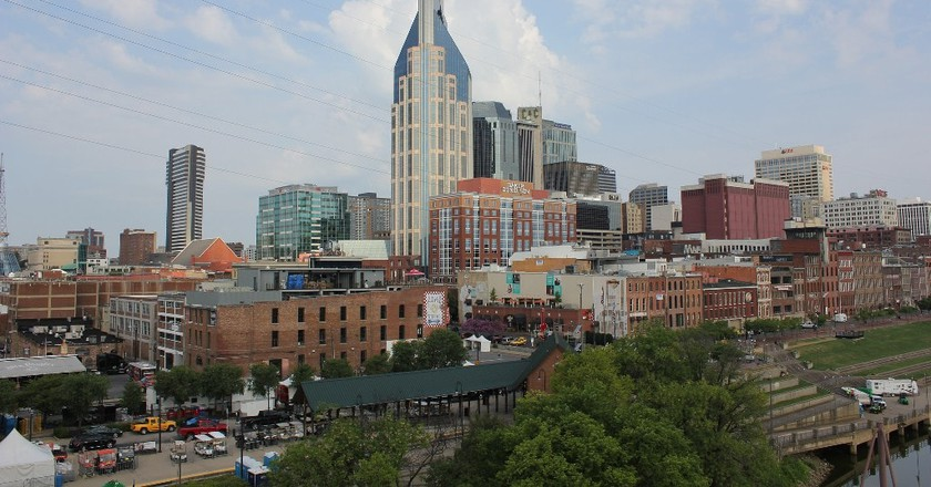 Downtown Nashville Near the Riverfront | © Nicolas Henderson / Flickr