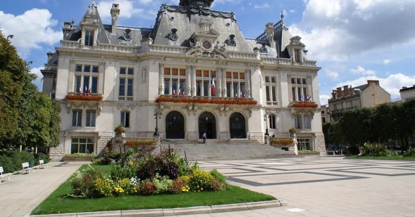 The Town Hall (La Mairie) in Vichy | © Charles-Edouard Coste / Flickr