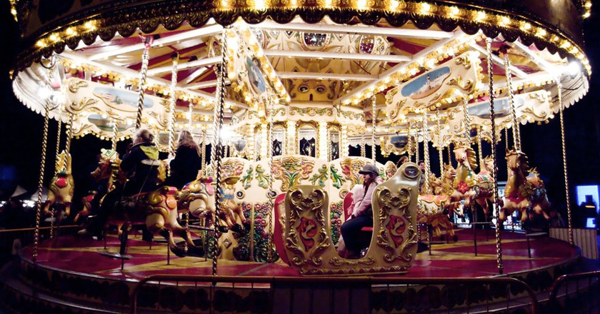 Carousel   © Angie Muldowney / Flickr.