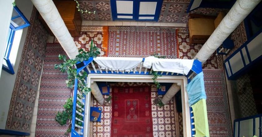 Looking down in a Moroccan hostel | © Alper Çuğun / Flickr