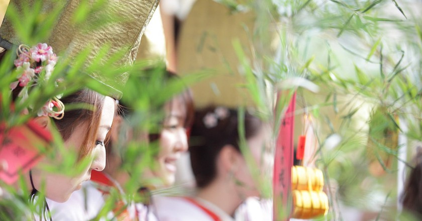 Fukusasa bring luck to businesses | © MIXTRIBE / Flickr
