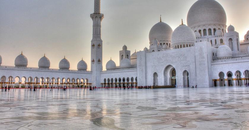 Sheikh Zayed Grand Mosque | ©Tanya Hart / Flickr