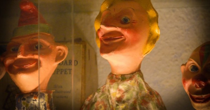 Victorian Puppets | © Mary T Moore /Flick