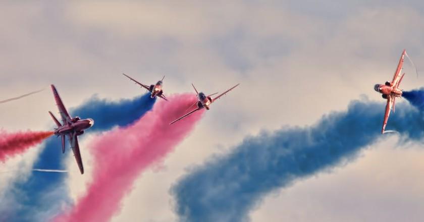 Red Arrows III   © Stewart Williams / Flickr.