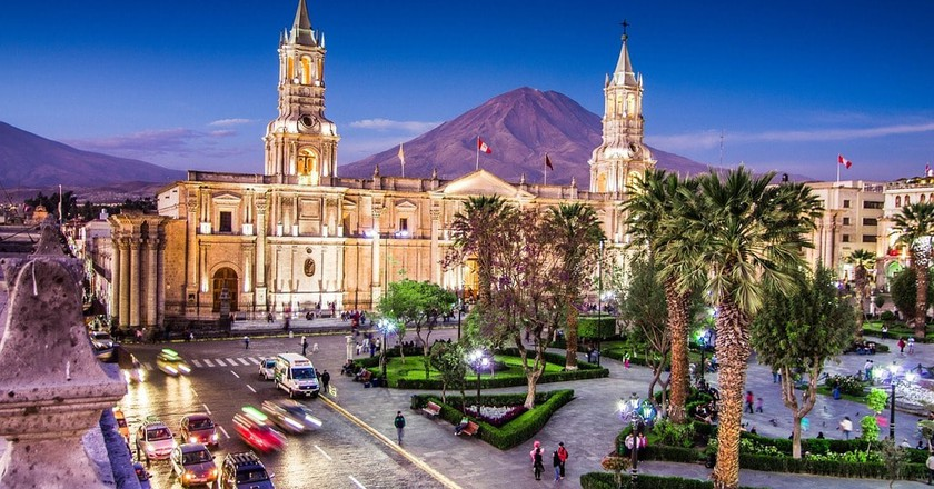 Arequipa's main square |