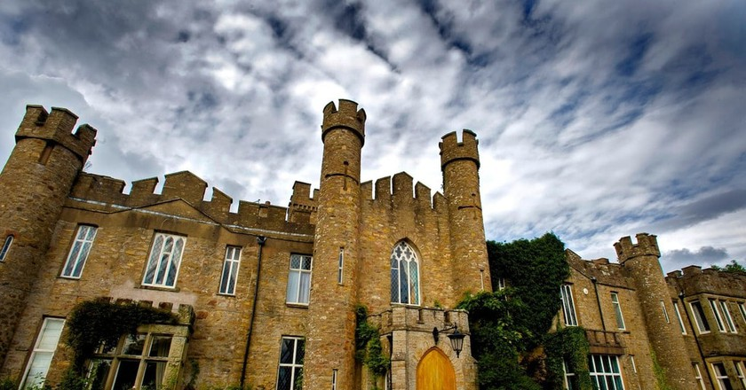 Fairytale Castles to Stay in | ©  Airbnb