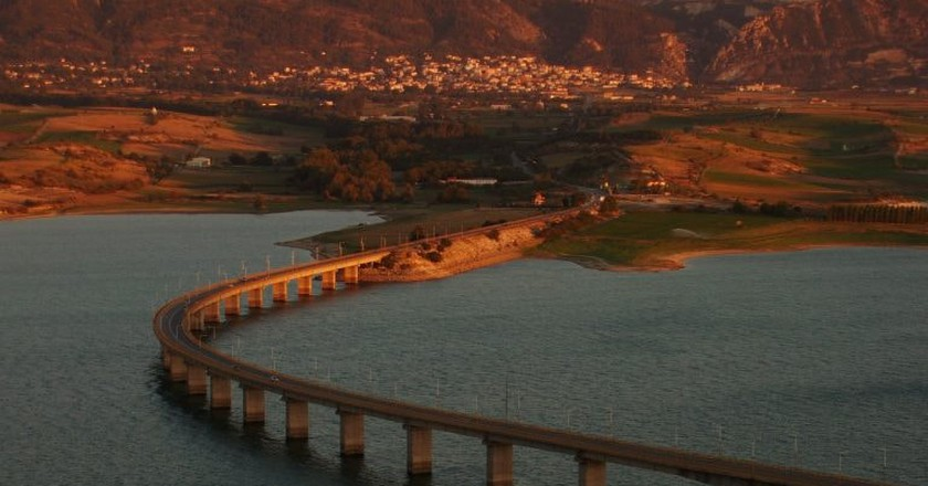 There Could Be a Bridge From The Italian Mainland to Sicily in our Future