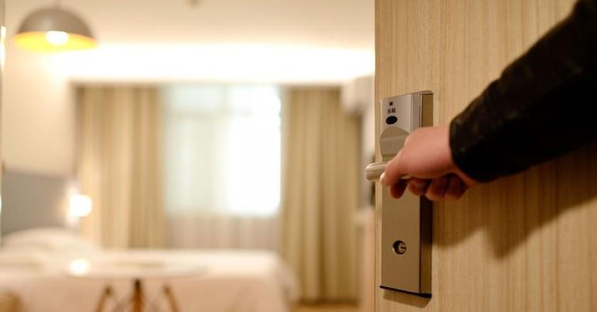 Hotel Door   © Pixabay