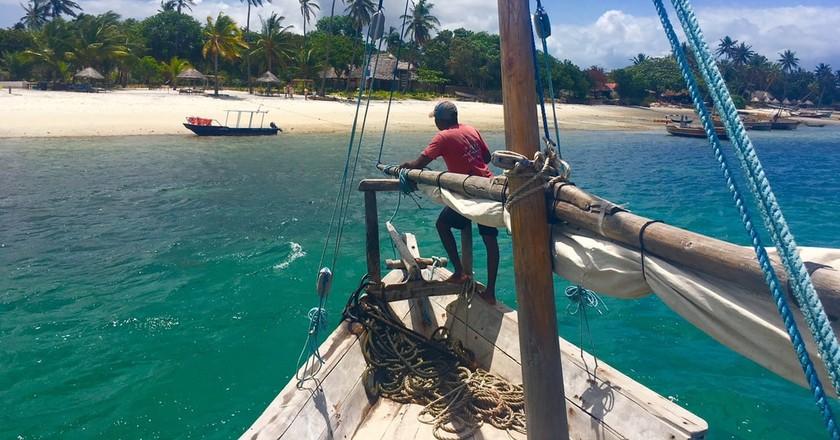 Approaching the shores of Mafia Island  | © Adel Zakaria