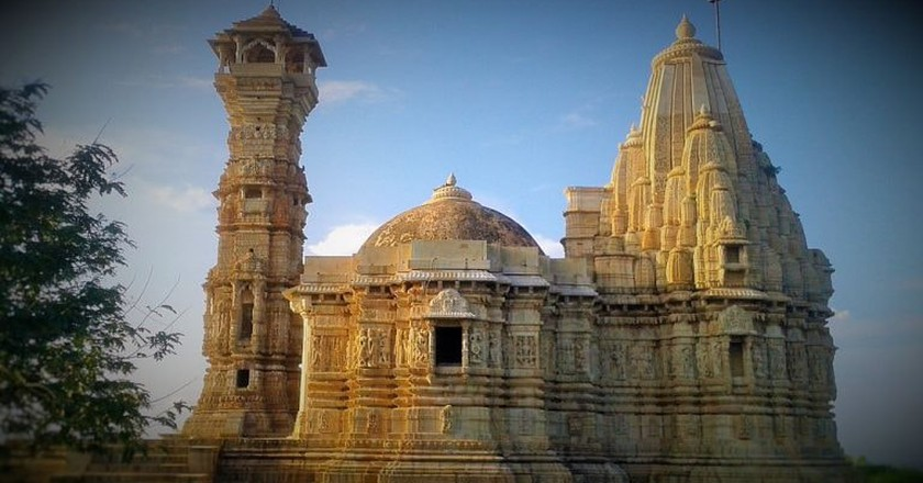 Kirit Stambh in Chittorgarh Fort | © Himanshu salvi / Wikimedia Commons