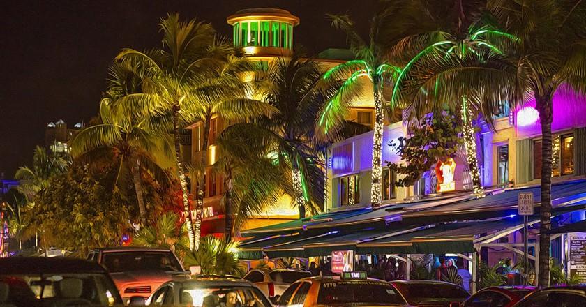 Bustling Miami Beach at night  © Patrick Emerson / Flickr