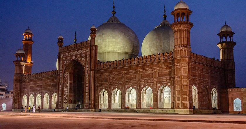 The Magnificent Badshahi Masjid | © Muhammad Ashar / WikiCommons