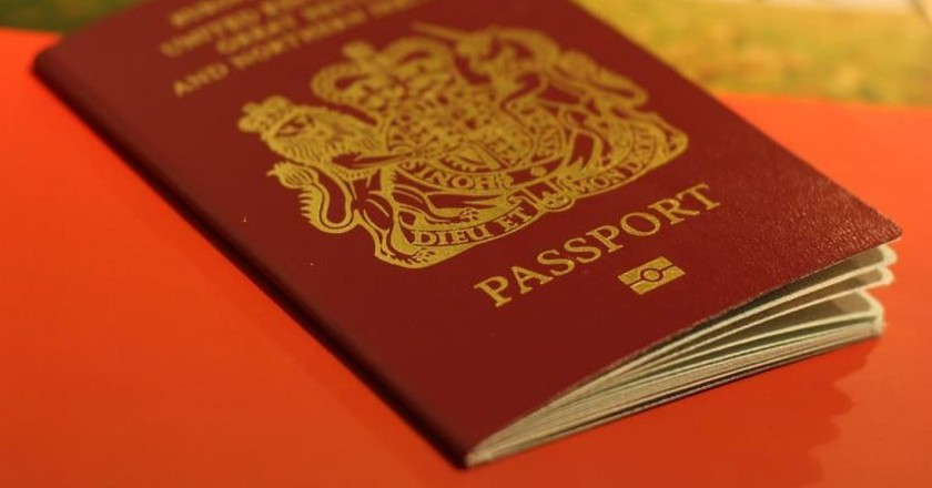 Passport |  © Chris Fleming/Flickr