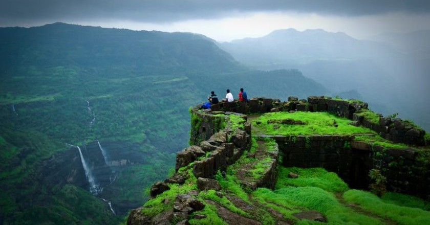 At the end of the Rajmachi trail are the popular twin Maratha Forts that provide a mesmerizing view of the region