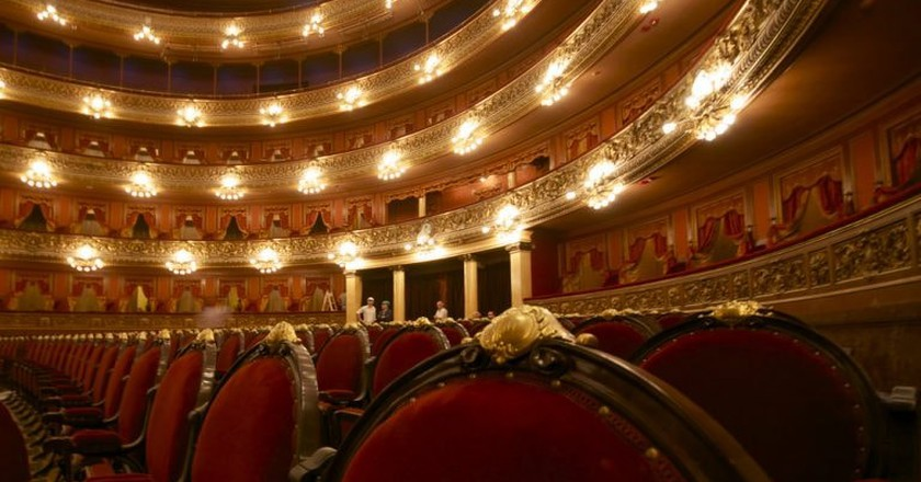 The inside of the Teatro Colon | © Roger Schultz/Flickr