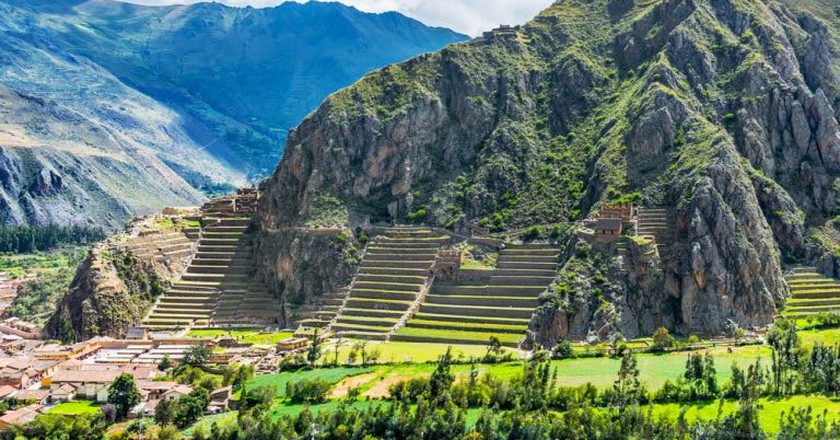 The ruins of Ollantaytambo in the Sacred Valley | © Shutterstock