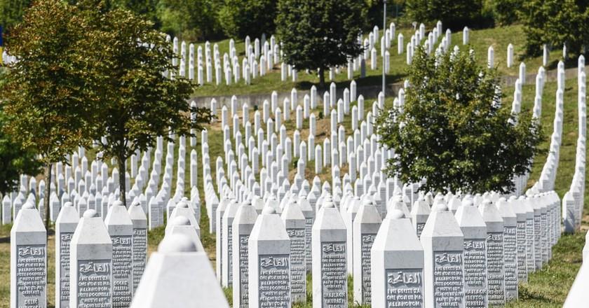 The Srebrenica-Potocari memorial and cemetery | © ToskanaINC/Shutterstock
