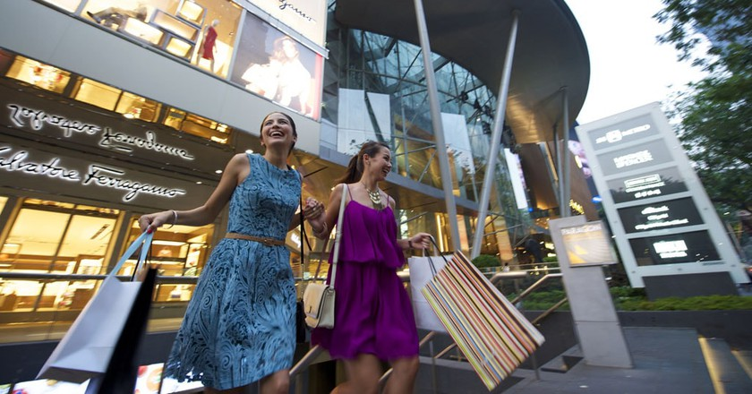 A Guide to Singapore's Luxury Shopping Malls