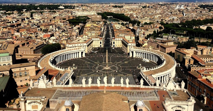 Living in Vatican City wouldn't be all that bad, would it? | © Bohemidan/ Pixabay