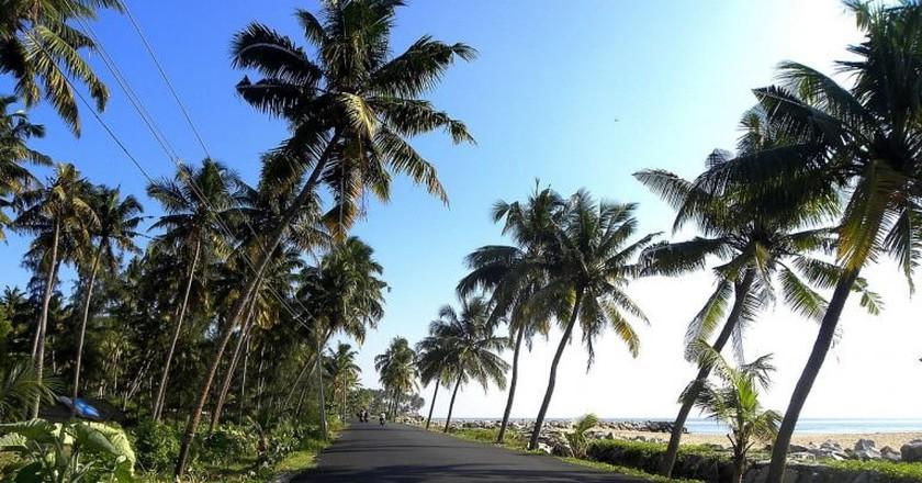 Paravur coastal road, Kollam | © Arunvrparavur/WikiCommons