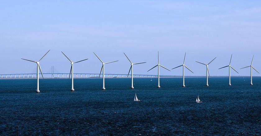 Turbines     © www.cgpgrey.com/WikiCommons
