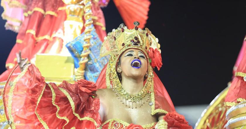 The costumes at the parades | © Raphael David | Riotur/Flickr