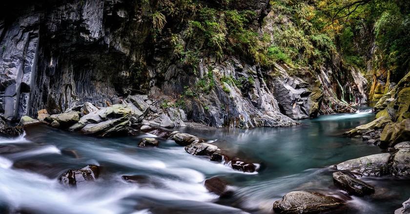 River at Li Song Hot Spring | © 白士 李 / Flickr