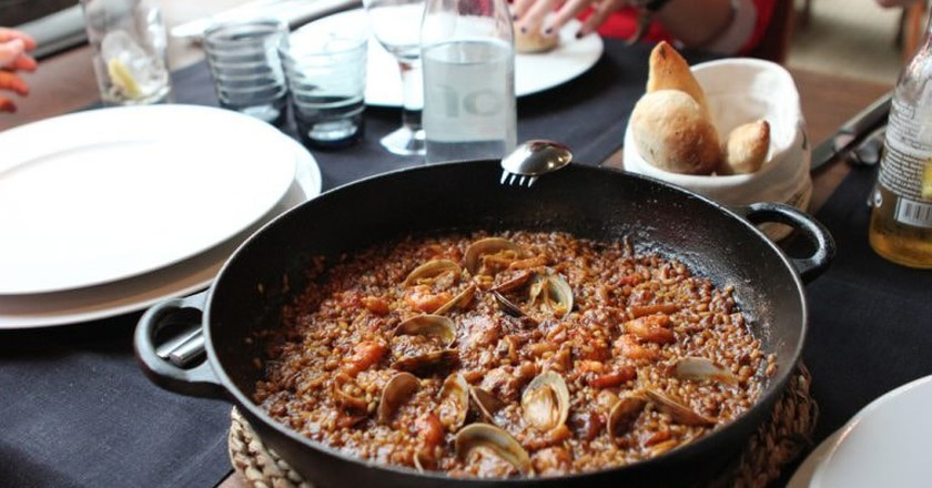 Traditional paella   © Chris Oakley/Flickr