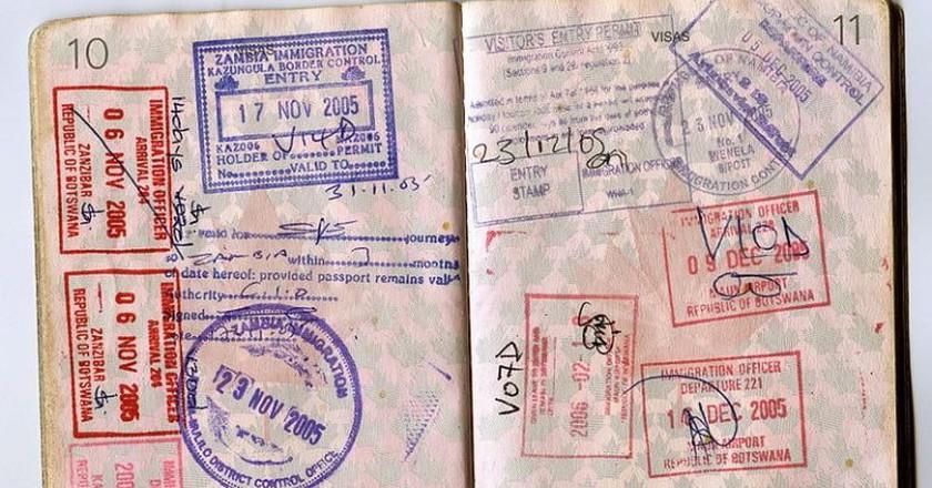 Passport Stamps | © Jon Rawlinson / WikiCommons