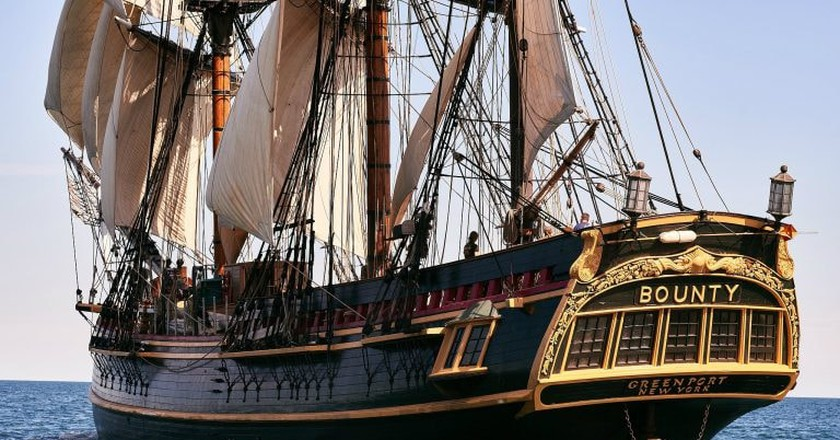 A replica of the HMS Bounty | © Lyle Vincent / Flickr