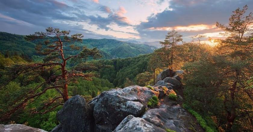 Sunset from top of Hawk's Eye Rock|©Ryzhkov Sergey/WikiCommons