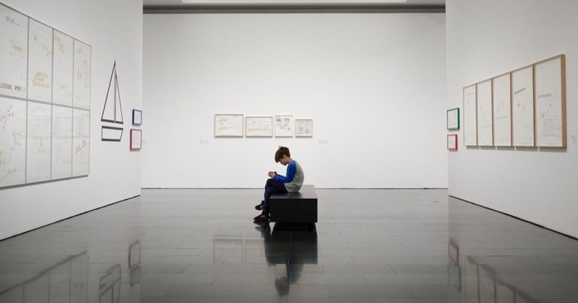 The 11 Things You Should Never Do in an Art Gallery