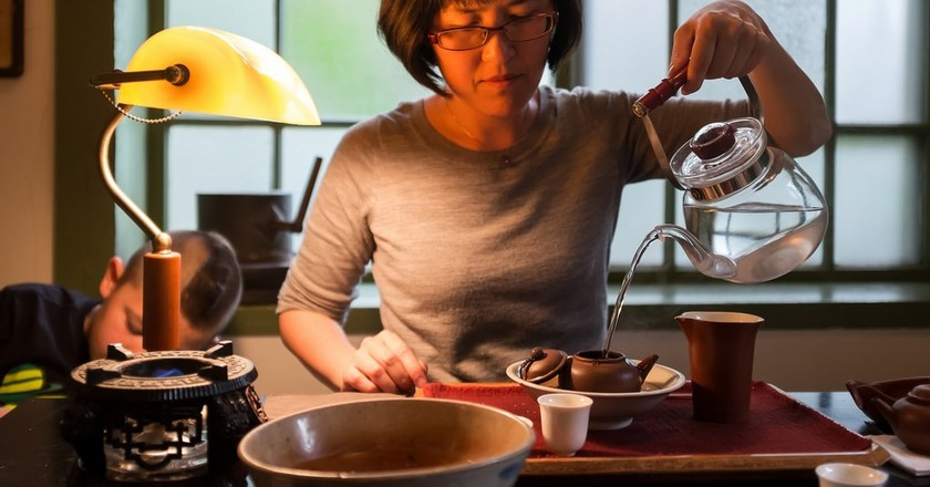 Brewing Tea in Taiwan | Courtesy of Floating Leaves Tea