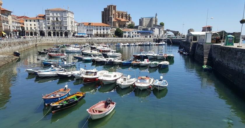 Castro Urdiales, Cantabria, Spain   ©ekaterinvor / Pixabay